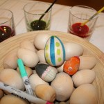 Decorating wooden eggs