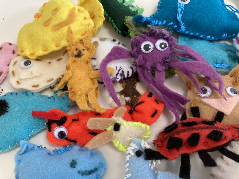 Fiber and Wood for 6-8s: Wednesdays at 1:00 (Early Fall 2021)